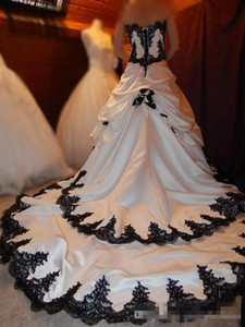 Sweetheart Gothic Lace Applique Tiered White And Black Bridal Dress Long Back Lace Up Satin Elegant Bridal Wedding Gowns Draped