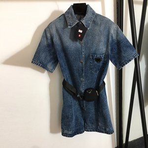 Luxus Denim Frauen Jumpsuits Mode Dreieck Badge Designer Dame Strampler Trendige Taille Tasche Ornament Overall