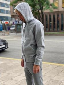 Весна Новый мужской капюшон осень / зима Высокое качество Модный пиджак Trend вышитый узор мужской капюшон 7 цветов Размер M-2XL