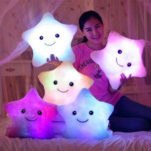 34cm jouet créatif lumineux oreiller en peluche souple peluche rougeoyante étoiles Coussin de coussin LED jouets léger cadeau pour enfants enfants filles 0016