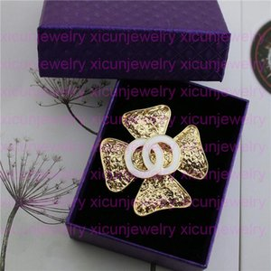 Open as C Crystal Brooch Letter Brooches For Women Rhinestone Pin Fashion Statement Pins Accessories Jewelry Gift