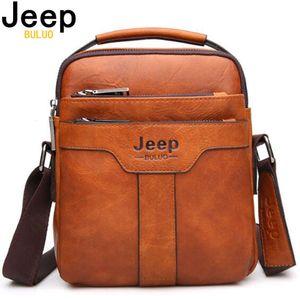 Jeep Buluo Men Messenger Bags Bolso de gran capacidad para hombre Spliter Spliter Bolso de hombro Crossbody Brown Business Masculino Regalos C0224