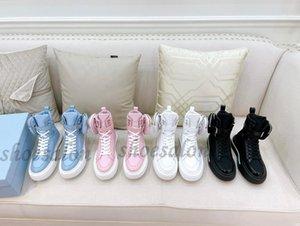 2021 Design luxurys macro Women Wheel Re Nylon boots Shoes high top sneakers Triple Black White Flat Fashion womens Cloth Lace-up Platform Trainers quality 260