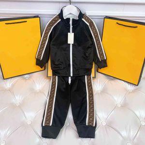Classic Design Sweats à capuche à capuche à manches longues FFEN Marque Hiver Sweat-shirt Sweat-shirt Pantalon Suit Coton Enfants Sweat à capuche Sweetbing Couture Garçon Kid Kid