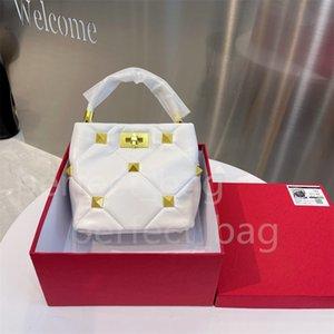 Designer Ladies rivet chain shoulder bag luxury purse high quality fashion
