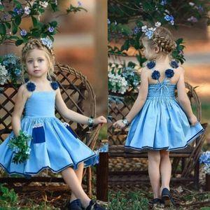 2021 Yaz Pileli Askı Elbise Çocuk Kızlar için Kolsuz Prenses Elbiseler Tasarımcılar Denim Mavi Etek Cep 80-120 cm Bez H230W96
