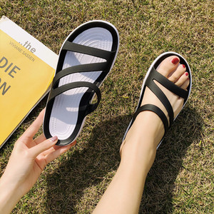 2021 Flat Sandals Women Crocks Summer Beach Slipper Crok Rubber Clogs Jelly Crocse Hole Shoes Woman Sandal Slippers Sandalias 210306
