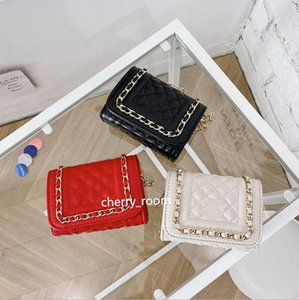 Girls luxury handbags Fashion Kids Letter Metal Chain Mini Purse Girl Princess Single Shoulder Bags Children Casual Messenger Bags Black Red WhiteF069