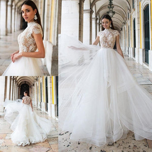 2021 Beach Wedding Dresses A Line High Neck Sweep Train Bridal Gowns With Lace Applique Tulle Plus Size Wedding Gowns