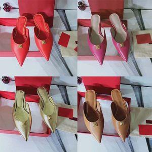Fashion women sandals Rivet shoes slipper Bohemian Diamond Slippers Woman Flats Flip Flops Shoes Summer Beach slides slipper home01 01