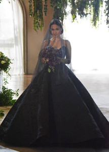 Ball Gown Gothic Black Wedding Dresses Strapless Beaded Lace Sweep Train 2021 Vintage Retro Design Bridal Gowns Customize Plus Size