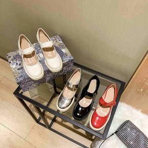 Средний каблук кожаный ремень пряжки классики женские летние сандалии мода обувь пляж толстые нижние тапочки алфавит леди