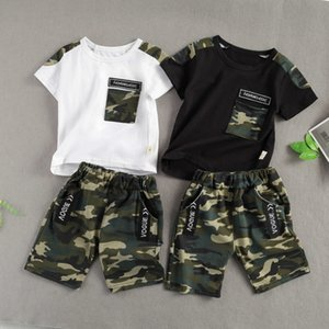 Set di stampa mimetica bambino bambino bambino, cima del collo a manica corta con tasca e pantaloni corti 2 pezzi vestito estate x0719
