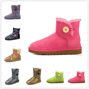 2021 Klasik Mini Kısa Ayakkabı Bailey Yay Tall Düğme WGS Üçlü Avustralya Bayan Kadınlar Boot Kış Kar Botları Kürk Avustralya Kürklü Patik