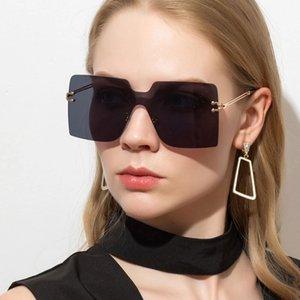 Women Oversized Square Frame Fashion Metal UV Protection Sunglasses