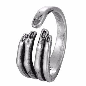 Vintage Women Men Open Skeleton Ring Gothic Biker Skull Hand Ring for Man Punk Man's Cool Jewelry