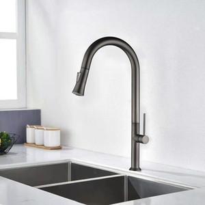 Küchenhahn gebürstetes Gold und Multicolor Ziehen Sie den Wassermischer-Hahn aus