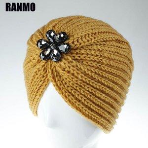 Ranmo Bohême Hiver Heanies Heanies Chapeaux Pour Femmes Fleurs Acryliques Strass Bonnets Casquettes Filles Crullies Femmes Chapeaux de laine chaude