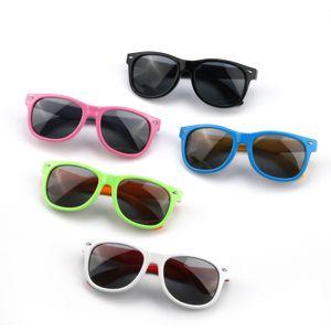 factory wholesale Fashion luxury kids sun glasses quick designer wayfarer soft polarised baby eye protect eyewear sunglasses for children