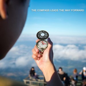 Outdoor Gadgets Retro Bronze Pocket Compass Antique Survival Gear For Hiking Navigation Watch Tool