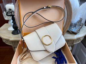 الأزياء المصممين الفاخرة حقائب النساء الكلاسيكية الأصل السلس جلد البقر محفظة حقيبة الكتف مخلب crossbody مشبك حقيبة يد التسوق حقائب الظهر