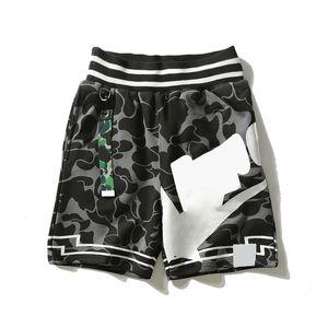 Moda mens shorts designer verão calças de praia jovens estudantes camuflagem padrão impressão solta streetwear tamanho m-2xl
