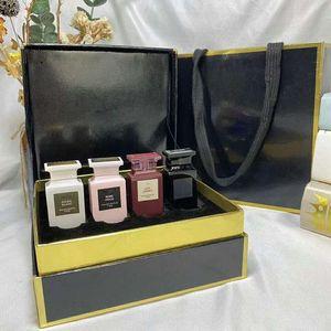 High-end gift box perfume four-piece set 4*7.5 ml Q version parfum four super mini dripping style lasting fragrance