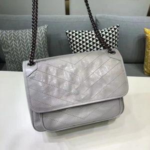 Klassischer Stil Bunte Mode Weibliche Echtes Leder Frauen Umhängetasche Dame Handtasche Frauen Messenger Bag 498894,533037 Niki Calfskin Bags