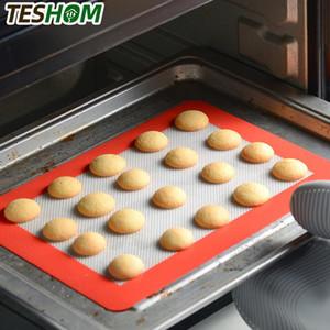 Teshom Kullanımlık Silikon Pişirme Mat 2 Çapı Seti 9 inç Premium Yapışmaz Kek Pan Astar Pişirme Yolu