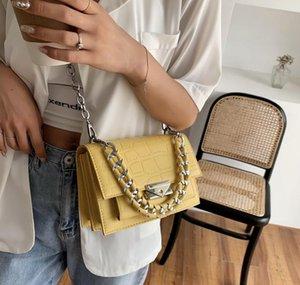 2021 Новый Каменный узор Много отделение Трехмерная небольшая квадратная сумка тканая цепь одно плечевой мессенджер женская сумка