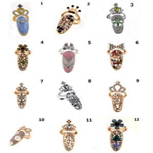 2021 Neue geformte Ringe Brosche mit verschiedenen Mode Diamant Krone Dekoration Zubehör Förderung für Nageldekoration Heißer Verkauf