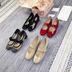 dior Top de haute qualité Nouveaux talons hauts femmes designeur mi-talon chaussures de talon robe chaussures chaussures chaussures d'été été Sandales pointues Sexy D017