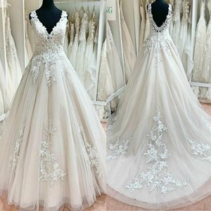 2021 Summer Wedding Dresses V Neck Backless Sweep Train A Line Appliques Lace Garden Beach Boho Country Bridal Gowns robes de mariee