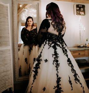 Boho Plus Size Black Wedding Dresses Sexy V Neck Backless Lace Appliques Gothic Country Bridal Gowns A Line Vestidos De Novia