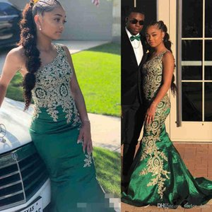 Dark Green One Shoulder Prom Dresses Satin Sweep Train Gold Lace Applique Beaded Crystal Custom Made Mermaid Formal Evening Gown 2021 Newest