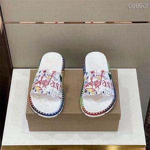 Мужские последние заклепки тапочки роскошный дизайнерская кожаная ткань с противоскользящей износостойкой подошвой моды плоские сандалии размер 38-45