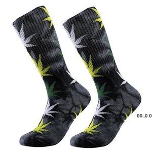 13 Colors christmas plantlife fashion socks for men women high quality cotton socks skateboard hiphop maple leaf sport socks GWD11204