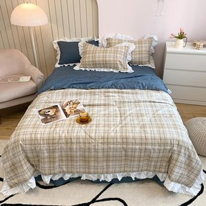 Simple Style Summer Quilts Bedspread Students Adults Bed Air Conditioned Quilted Comforter Floral Ruffle Decor Duvet only