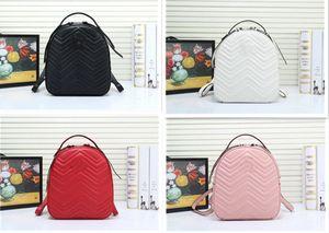Bolsos Mujeres Lujos Diseñadores Bolsas con letras Mochila de cuero genuino Lady Cowhide Fashion Handbag Wholesale