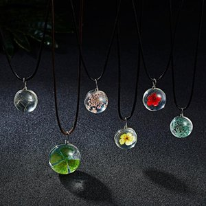 Pendant Necklaces Handmade Dried Flower Gypsophila Dandelion Transparent Ball Leather Rope Chain Women Jewelry Gifts