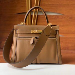 2021 Design original Sac haut de gamme en cuir simple Simple one-épaule Handbag qualité Niche Personne de la première couche Sac à main de vachette de vachette