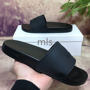Top Quality New Color Paris Sliders Mens Mulheres Verão Sandálias Praia Slipper Slippers Ladies Flip Flops Loafers Céu Azul Chaussures
