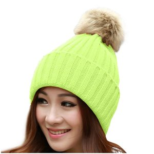 Heißer Verkauf Frau Casual Beanie Hut Kappe Winter Gestrickte Skullies Hüte Für Frauen Männer Solide Farbe Frauen Beanies Motorhaube Hohe Qualität