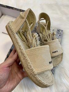 2020 son platform sandalet kadın tasarımcı ayakkabı, moda geniş düz espadrille yaz açık nedensel ip ayak bileği kayışı sandalet kutusu