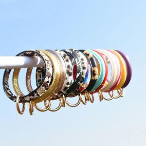 Round Bangle Bracelet Keychain Buckle Round Wristbands Short PU Bracelets Key Fob Fashion Wristlet Key Rings for Women Gift