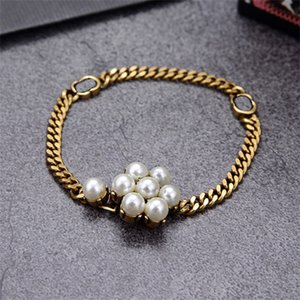 Pearl Letter Simple Charm Bracelets With Box Golden Trendy Elegant Jewelry Creative Designer Party Wedding Bracelet