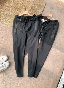 21SS Hombre Pantalones Viajes Retro Classic Sweetpants Spring Cómodo Elástico Elástico y transpirable Tela de alta calidad Clásico Estampado Caliente Pantalones de diseño de bolsillo