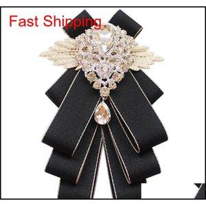 Nuovo stile britannico di alta qualità in stile britannico Red Lattice Rhinestone Bowtie per gli uomini Groomsman Diamond Bow Ties Wed Qyleiv Queen66