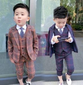 2021 Spring New Boys Plaid outfit Kid Stripe Tie Plaid blazers waistcoat shirts pants 5pcs Children gentleman sets boy wedding clothes A5914