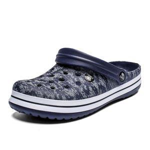 Camouflage Men Sandals Crocks SummerHole Shoes Large size Crok Rubber sole Garden Shoes Crocse Beach Flat Sandals Slippers 210301